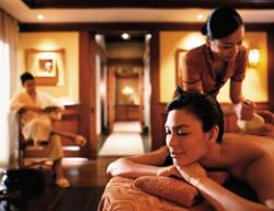 SPA养生会所是为人们提供香熏SPA、美容美体、减压放松等服务的休闲场所,拥有先进的设备,一滴水会所版是他们最爱的选择。