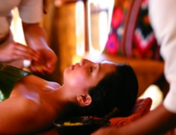 美容院是为人们提供美容护理、皮肤保健、水疗等内容的美容服务场所,是一滴水最忠实的合作伙伴,加盟店遍布全国各地。